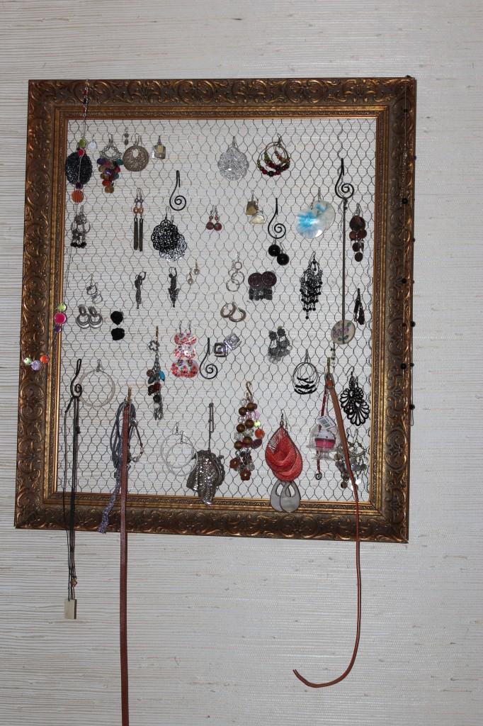 faire soi meme un porte boucle d oreille les petits carnets d 39 ella. Black Bedroom Furniture Sets. Home Design Ideas
